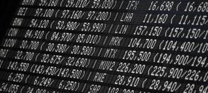 Price board on the Frankfurt Stock Exchange: Derivatives are not only used for speculation, but also to hedge against price drops